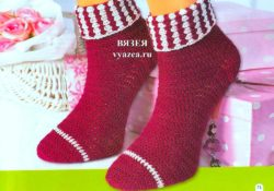 Красивые носки крючком